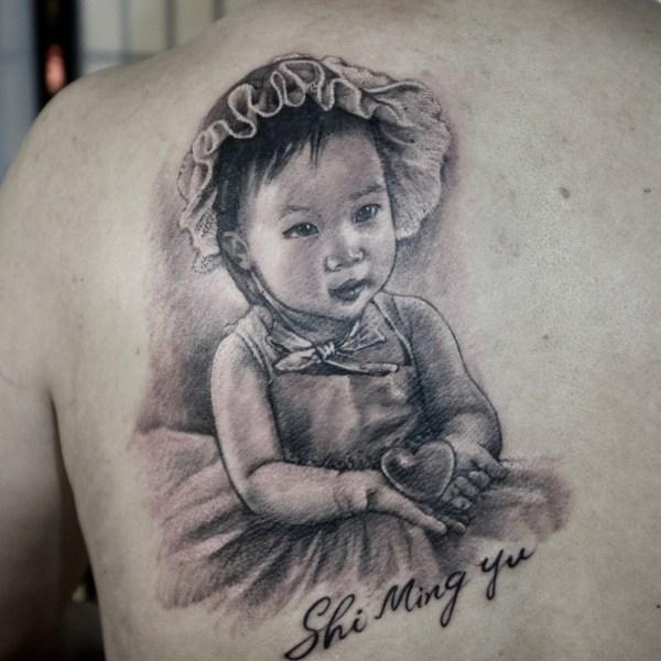 Zhuo-Dan-Ting-Tattoo-work-kid-portrait-tattoo卓丹婷纹身作品-孩子肖像纹身