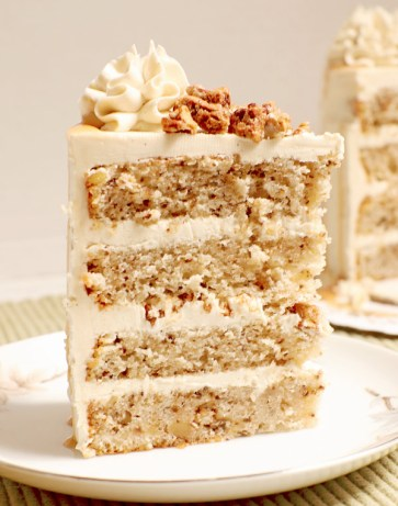 Rich and creamy browned butter maple Swiss buttercream recipe