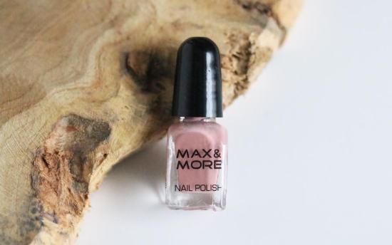 14 M&M nagellak