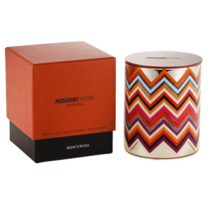 I like the box design for this candle packaging, the way its two toned in colour. I also like how the have transferred a design onto the actual candle holder so that when you open it, that it sicks out .