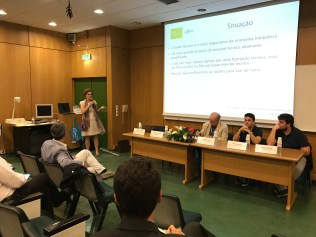 Dr. Natascha van Hattum-Janssen presenting, form Saxion | University of Applied Sciences | Academie Creatieve Technologie.