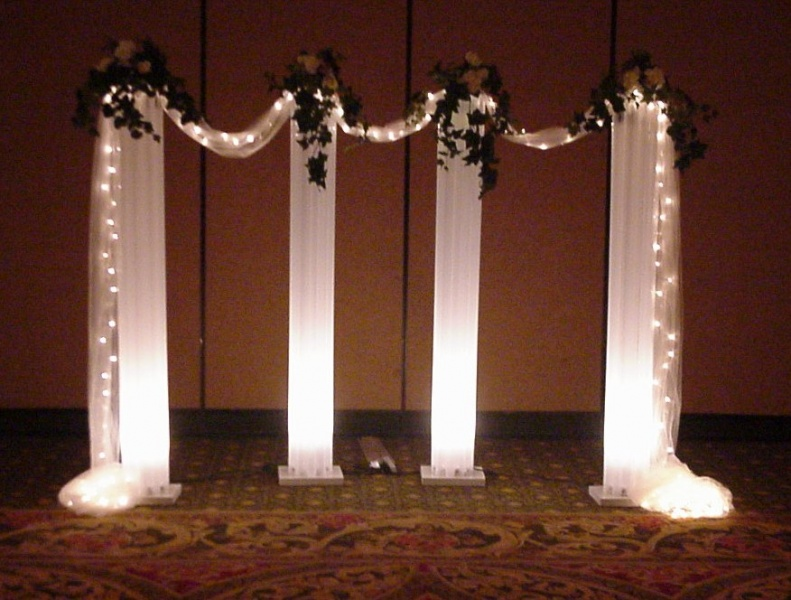 Shannons Custom Florals columns Wedding Rentals Springfield MO Eureka Springs (18)