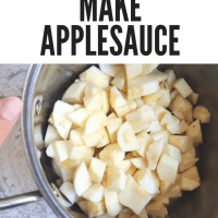SIMPLE HOMEMADE APPLESAUCE - ONLY 4 INGREDIENTS