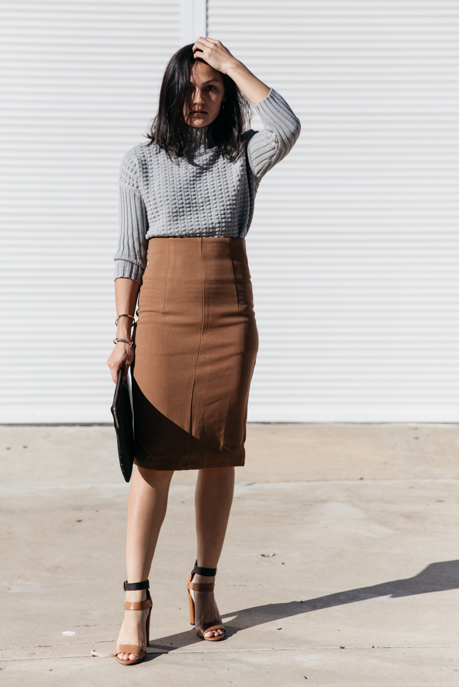 Brown pencil skirt outfit.