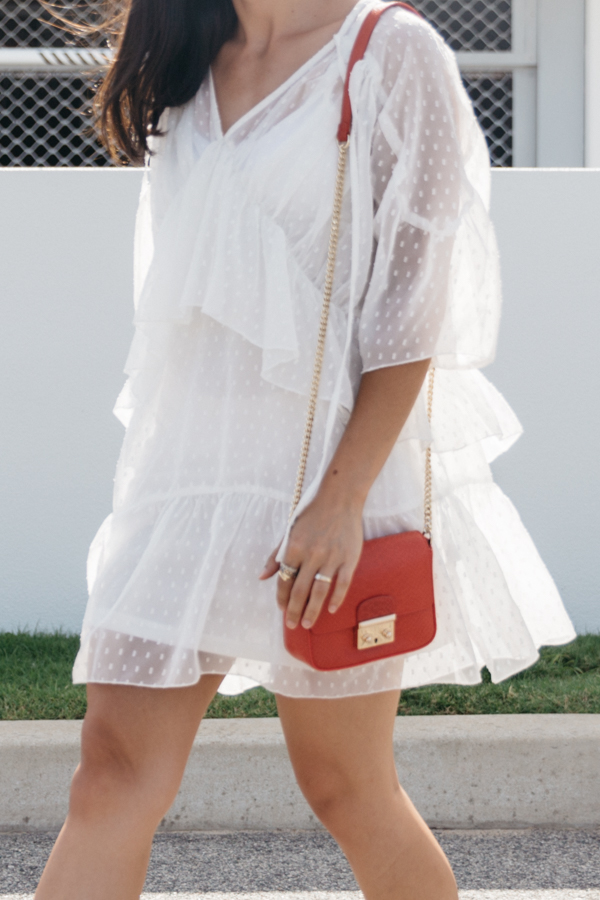 Flowy lace summer dress from Missguided.