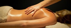 massage californien-suédois relaxation profonde bien-être dénoue les tensions doux et dynamique améliore la circulation sanguine rééquilibre le corps et l'esprit massage douai massage arras massage lens massage cambrai