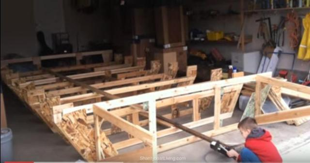 Houseboat Build Vol. 1 - YouTube.clipular (2)