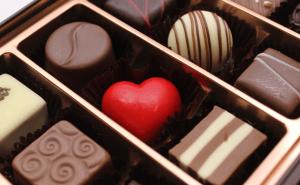 チョコレートの食べ過ぎの量と症状・対処について。太る?
