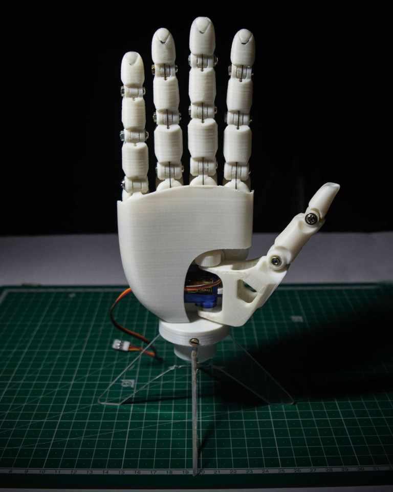 Lucid Bionic hand