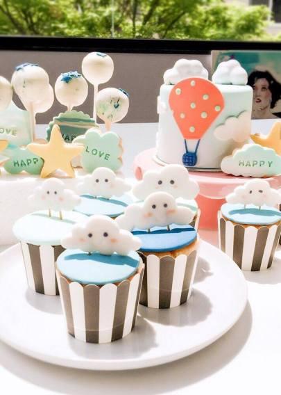 Fondant Cake12