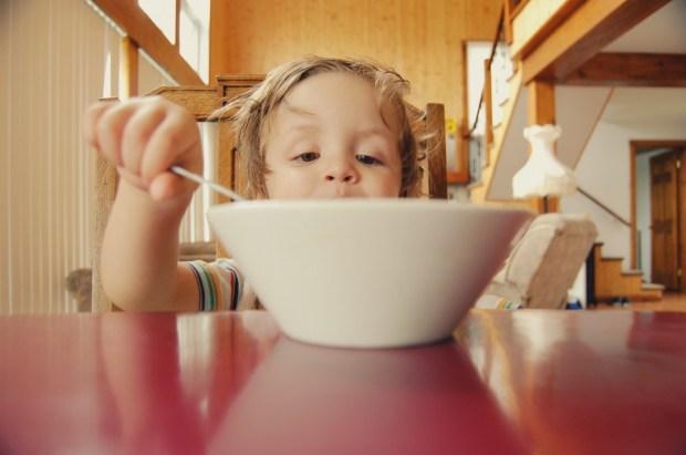 children eat