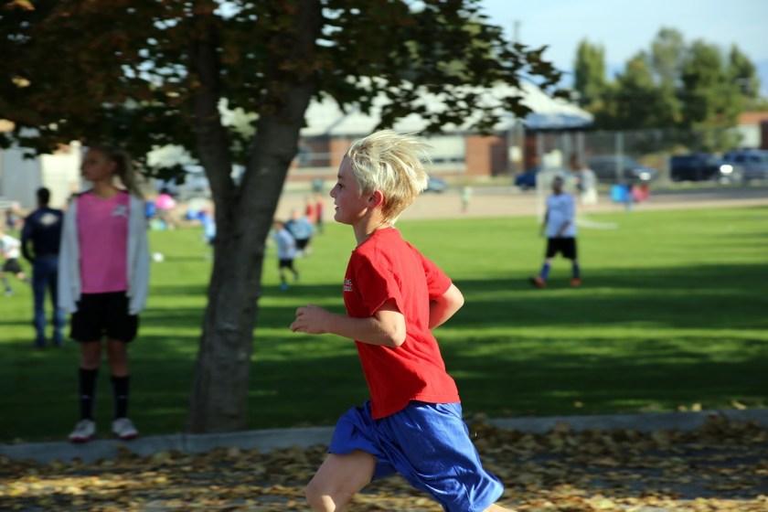 第二步則是「跑」,叫了以後就要趕快往奇怪的人反方向跑走,離得愈遠愈好。
