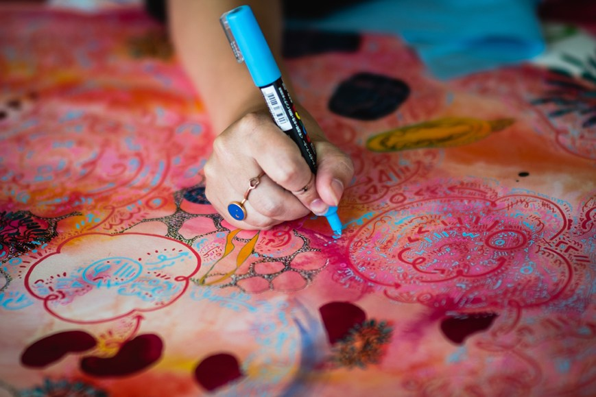 Fiona Chinkan working on Spiralling Life Force with Posca Pens