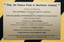 Commemorative plaque of Peace Pole at Northumberland Street, Belfast (c) Allan LEONARD @MrUlster