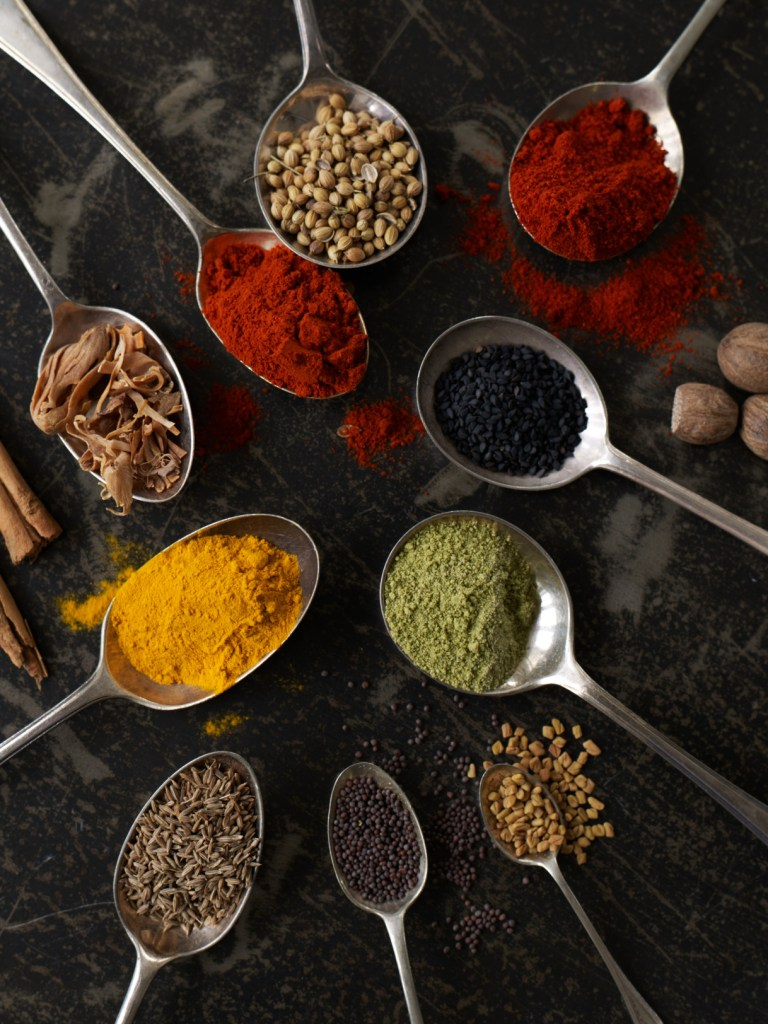 Spices on spoons 1503
