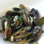 Green-lipped mussels with shallot, white wine & creme fraiche