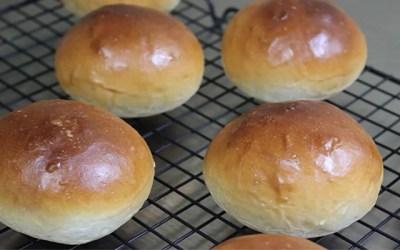 딸기잼 발라먹으면 꿀맛인 모닝빵 만들기