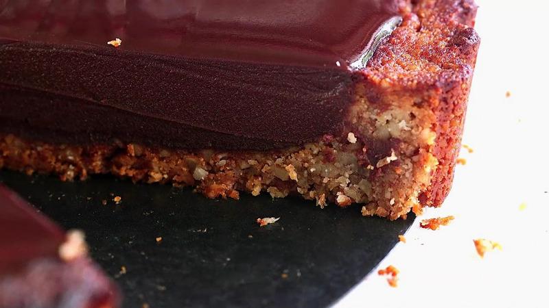 Cinnamon Chocolate with Pecan Crust 02