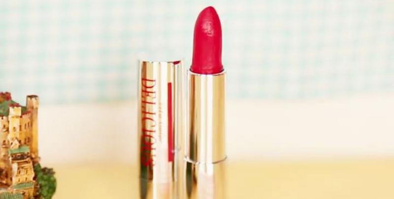 립스틱 케이스를 바꾸는 신박한 방법