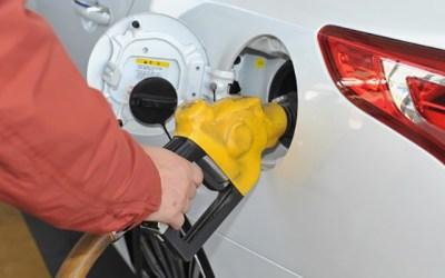 연료 경고등이 들어오면 얼마나 더 달릴 수 있을까?