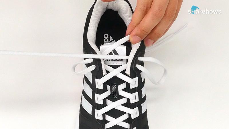 shoelace-life-hacks-20