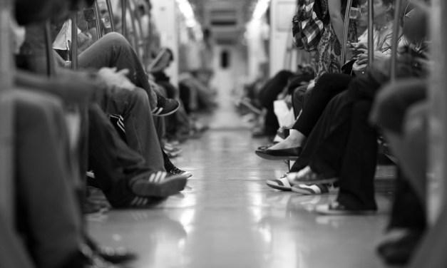 지하철 빨리 내리는 유형6 (좀비 ver.)