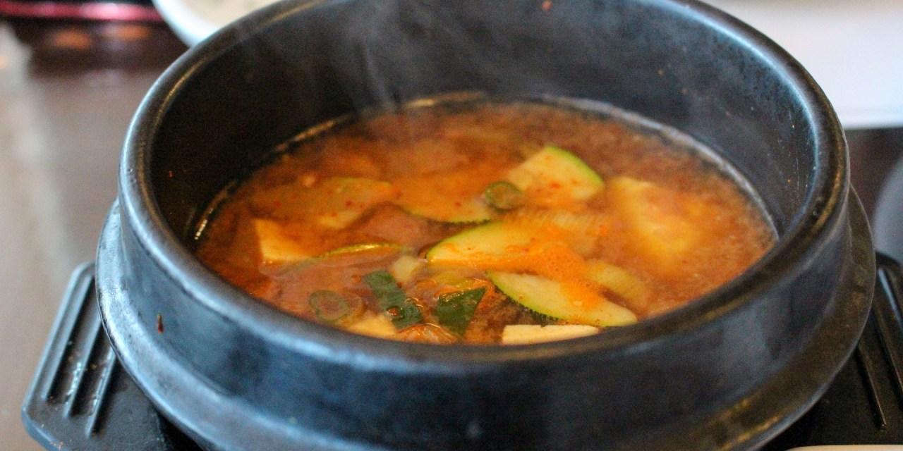 찌개 끓일 때 생기는 거품 먹어도 될까?
