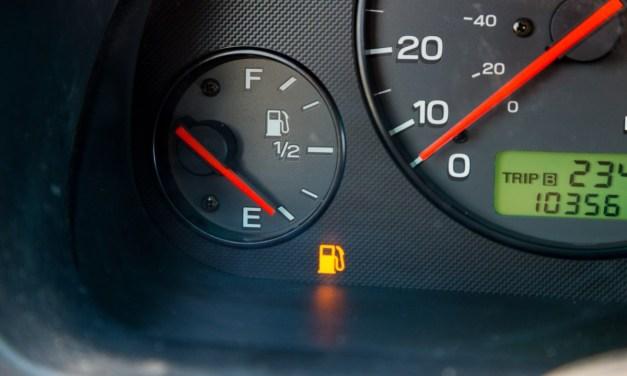 주유 경고등이 켜졌을 때 과연 얼마나 더 주행 가능할까?