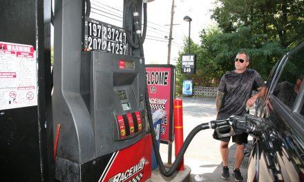 연료가 바닥일 때 주유하면 손해난다? 주유소 속설 총정리