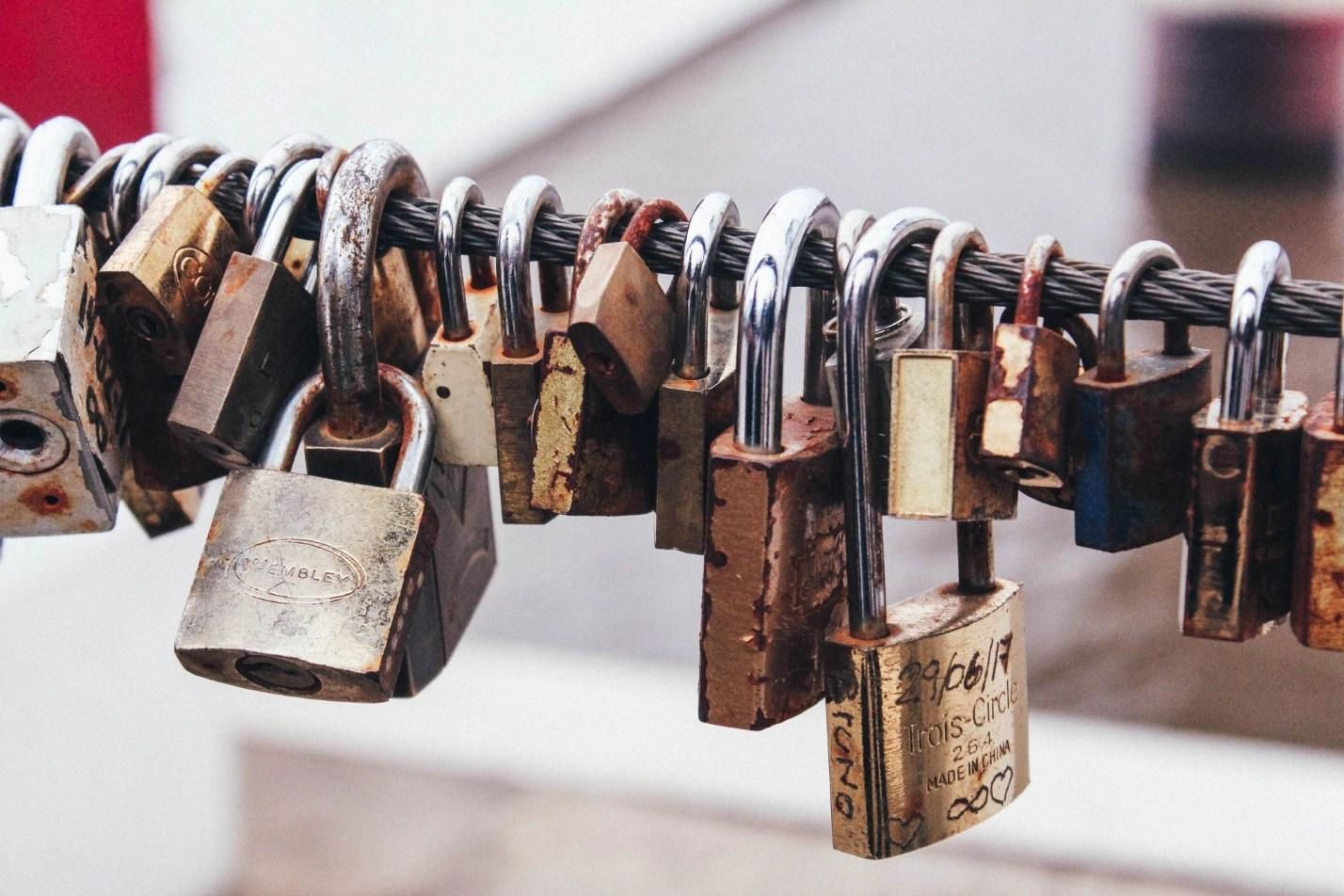 Handling file locks in SharePoint