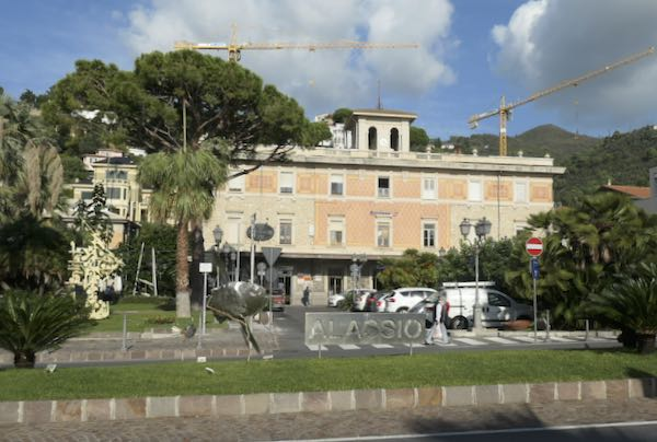 Alassio station the start of the Alassio to Albenga walk