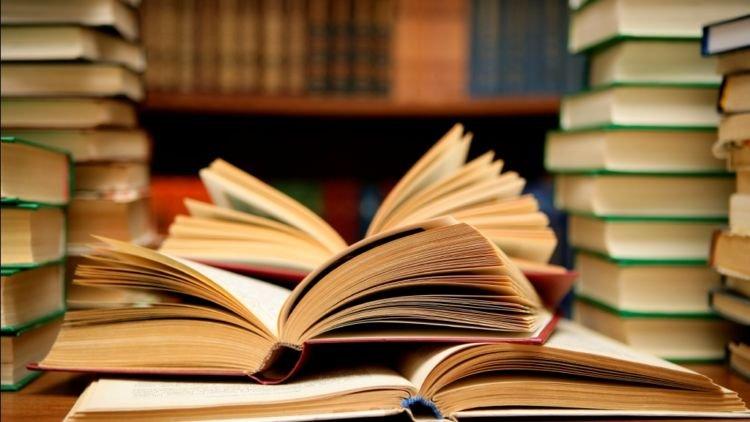 Perbedaan Kertas Dengan buku