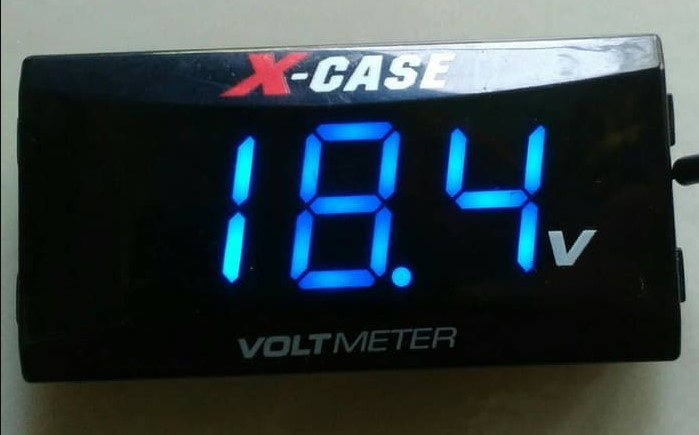 Volt Meter Digital