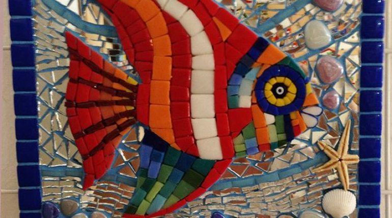 Gambar Mozaik Dari Kepingan Keramik