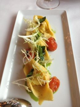 tortelloni with almond cheese