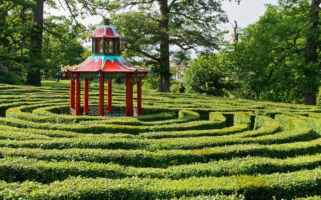 Chinoserie pavilion in the Hornbeam Maze at Woburn, 1757