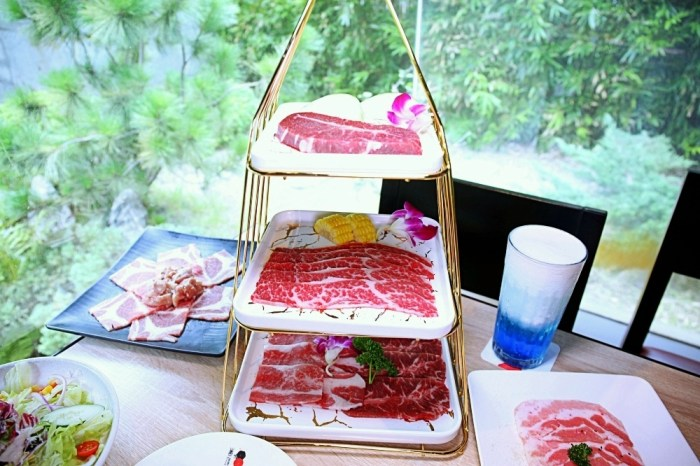 台中燒肉 紅巢燒肉工房 限量A5和牛加購$399 整隻活波龍只要$699 好奢華