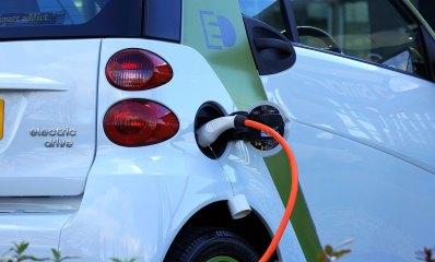 עמדת טעינה חשמלית לרכב
