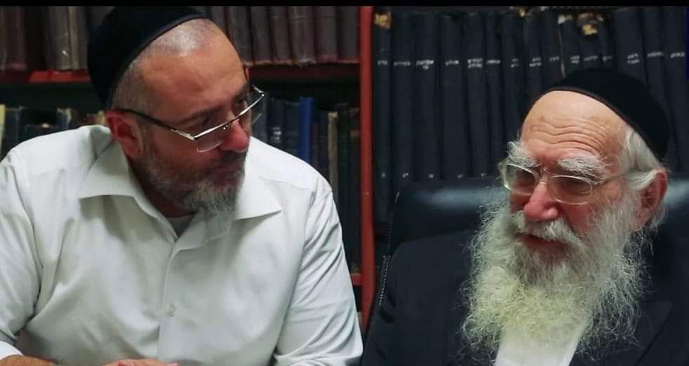 הרב יעקובוביץ' ואלעד צדיקוב