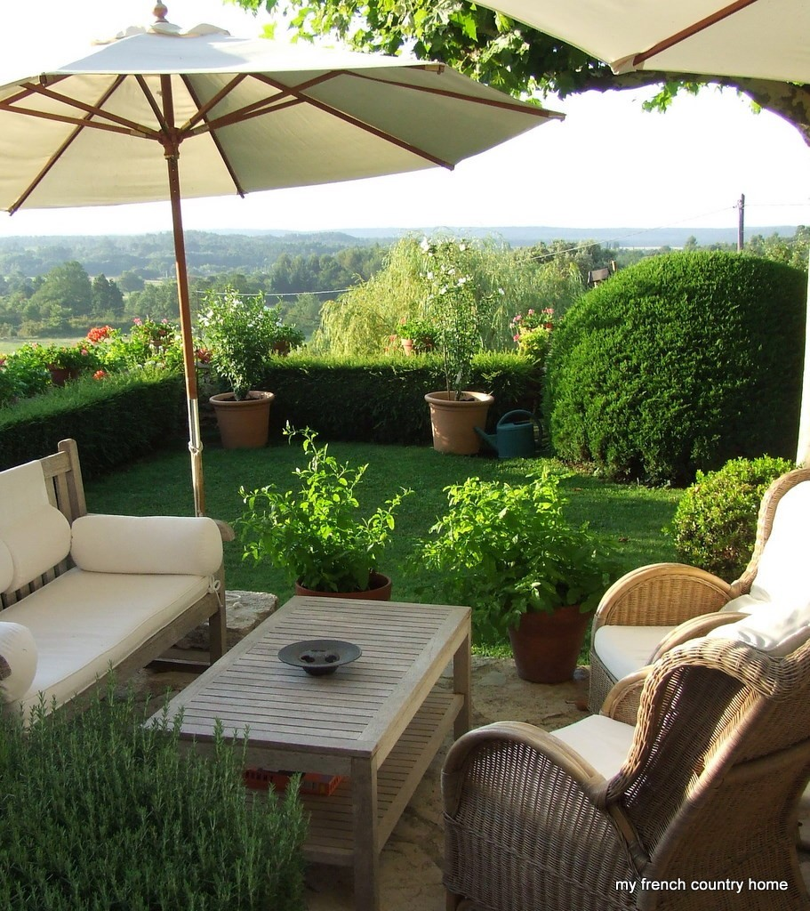 French Country Garden Design Layout: Summer Time ... And The Living Is Easy ...