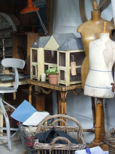 a favourite stand on a brocante fair