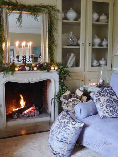 christmas decor around the fireplace