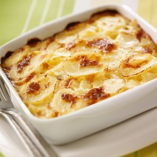 gratin dauphinois in a baking dish