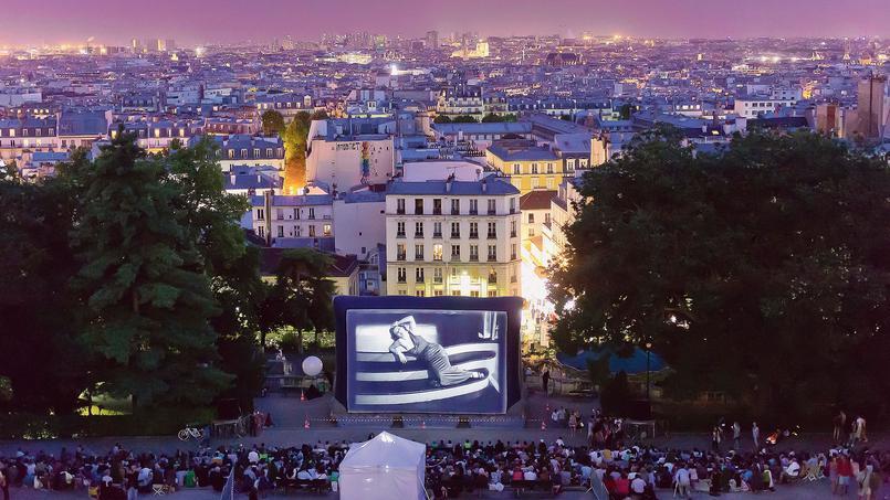 watching cinema overlooking Paris