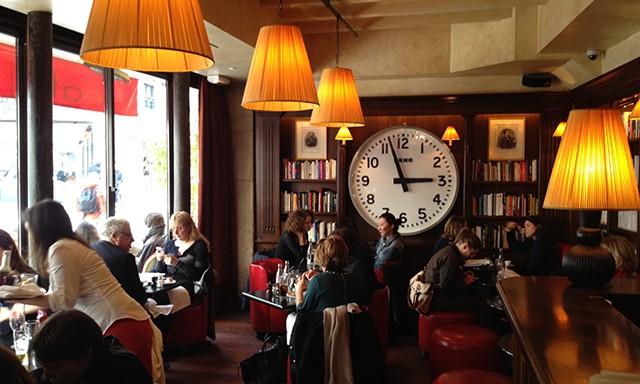 café restaurant in paris