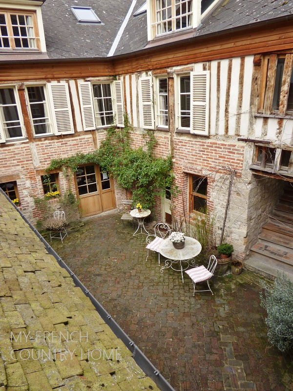 inner courtyard on old house