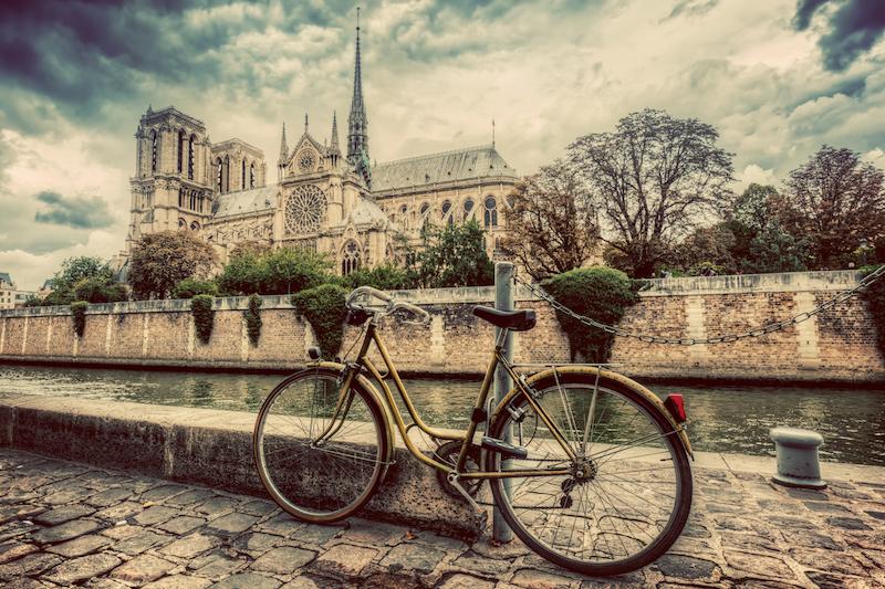 bicycle in paris