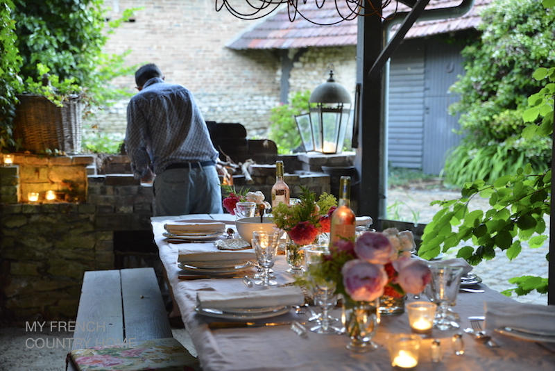 summer dining al fresco