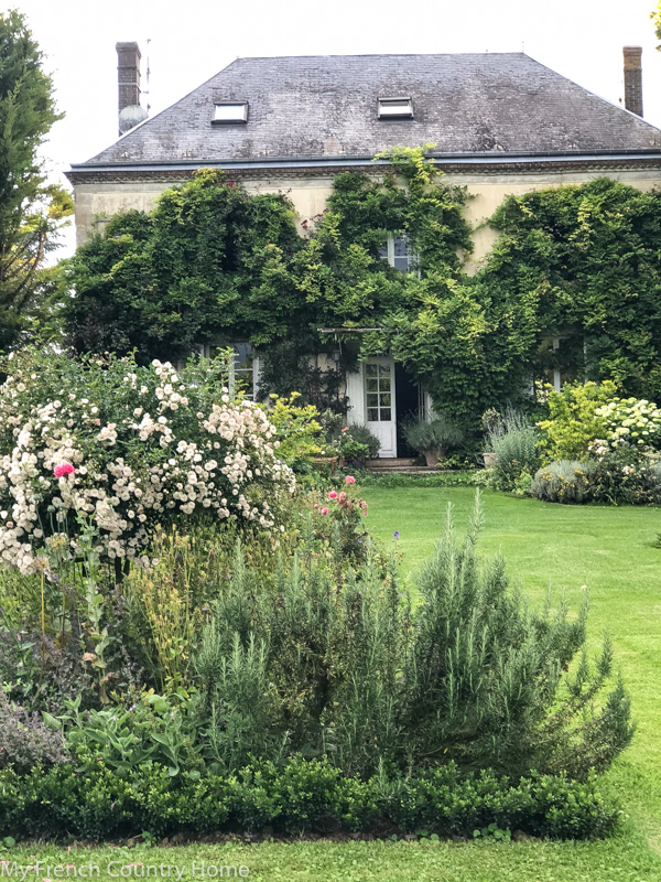 my garden parterres- an update - MY FRENCH COUNTRY HOME
