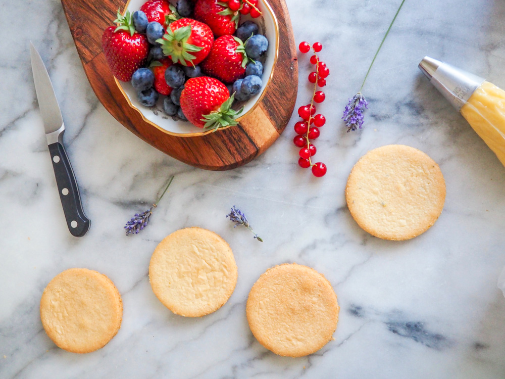 A Stylish Berry Tart Recipe for Bastille Day